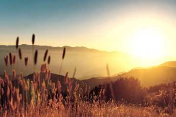 sunrise-over-hills