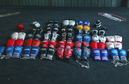 boxing-gloves-in-ring