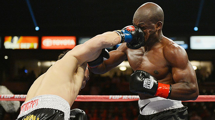 how to throw an overhand punch